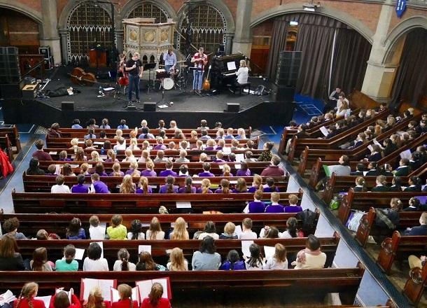 Senior Choir perform at Union Chapel