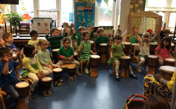 Reception enjoy African Drumming