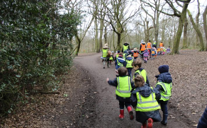 Nursery and Reception Explore the Woods